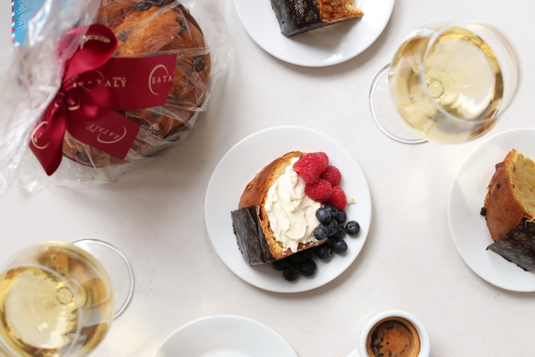 panettone with mascarpone cream