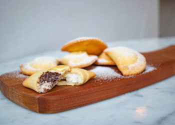 sweet fried ravioli with chocolate and ricotta